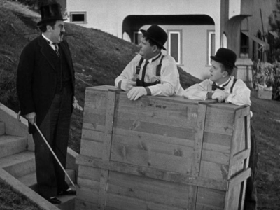 Laurel And Hardy Central The Music Box